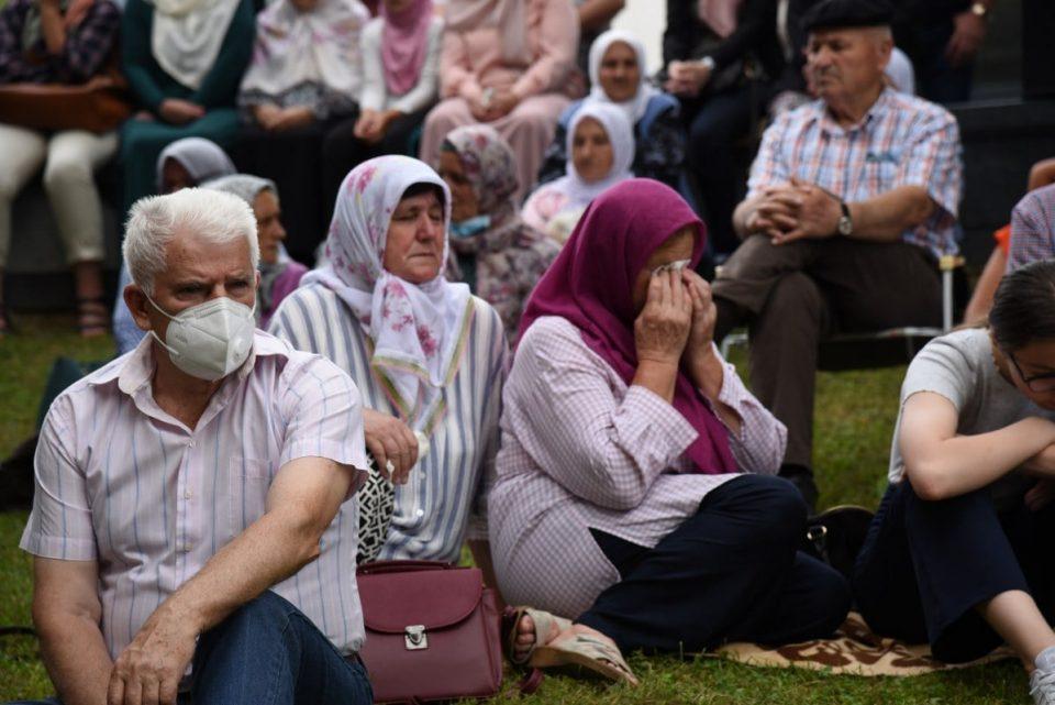Ispraćaj posmrtnih ostataka 19 žrtava genocida u Srebrenici